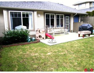 Photo 8: 95 8888 151ST Street in Surrey: Bear Creek Green Timbers Townhouse for sale : MLS®# F2903786