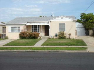 Photo 11: NATIONAL CITY House for sale : 4 bedrooms : 1405 J Avenue