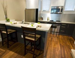 """Photo 2: 844 W 6TH Avenue in Vancouver: Fairview VW Townhouse for sale in """"BOXWOOD GREEN"""" (Vancouver West)  : MLS®# V770061"""