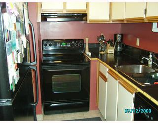 """Photo 6: 419 65 1ST Street in New_Westminster: Downtown NW Condo for sale in """"KINNAIRD PLACE"""" (New Westminster)  : MLS®# V776465"""