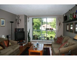 """Photo 2: 419 65 1ST Street in New_Westminster: Downtown NW Condo for sale in """"KINNAIRD PLACE"""" (New Westminster)  : MLS®# V776465"""
