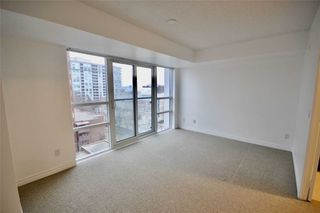 Photo 5: 721 35 Saranac Boulevard in Toronto: Englemount-Lawrence Condo for lease (Toronto C04)  : MLS®# C4685782