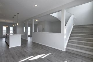 Photo 10: 212 LUCAS Manor NW in Calgary: Livingston Detached for sale : MLS®# C4288986