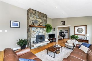 Photo 12: 2284 Lynne Lane in Central Saanich: CS Keating Single Family Detached for sale : MLS®# 843546