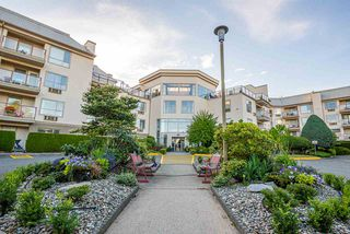 Main Photo: 319 2626 COUNTESS Street in Abbotsford: Abbotsford West Condo for sale : MLS®# R2481155
