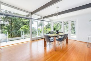 Photo 5: 4138 BURKEHILL Road in West Vancouver: Bayridge House for sale : MLS®# R2485286