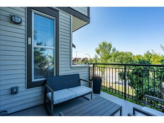 """Photo 19: 23 19433 68 Avenue in Surrey: Cloverdale BC Townhouse for sale in """"THE GROVE"""" (Cloverdale)  : MLS®# R2488742"""