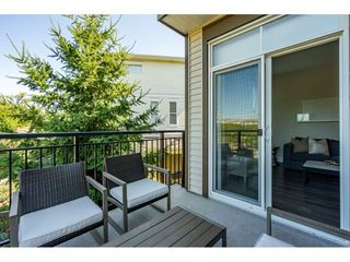 """Photo 21: 23 19433 68 Avenue in Surrey: Cloverdale BC Townhouse for sale in """"THE GROVE"""" (Cloverdale)  : MLS®# R2488742"""