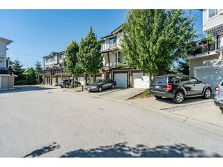 """Photo 30: 23 19433 68 Avenue in Surrey: Cloverdale BC Townhouse for sale in """"THE GROVE"""" (Cloverdale)  : MLS®# R2488742"""