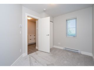 """Photo 7: 23 19433 68 Avenue in Surrey: Cloverdale BC Townhouse for sale in """"THE GROVE"""" (Cloverdale)  : MLS®# R2488742"""