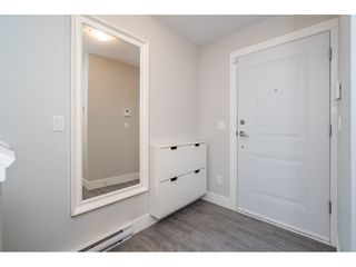 """Photo 6: 23 19433 68 Avenue in Surrey: Cloverdale BC Townhouse for sale in """"THE GROVE"""" (Cloverdale)  : MLS®# R2488742"""