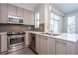 """Photo 16: 23 19433 68 Avenue in Surrey: Cloverdale BC Townhouse for sale in """"THE GROVE"""" (Cloverdale)  : MLS®# R2488742"""