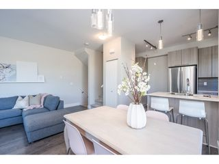 """Photo 14: 23 19433 68 Avenue in Surrey: Cloverdale BC Townhouse for sale in """"THE GROVE"""" (Cloverdale)  : MLS®# R2488742"""