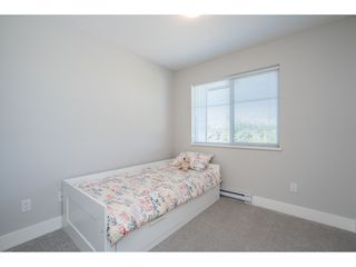 """Photo 25: 23 19433 68 Avenue in Surrey: Cloverdale BC Townhouse for sale in """"THE GROVE"""" (Cloverdale)  : MLS®# R2488742"""