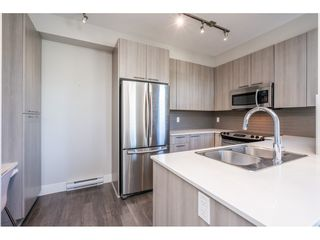 """Photo 15: 23 19433 68 Avenue in Surrey: Cloverdale BC Townhouse for sale in """"THE GROVE"""" (Cloverdale)  : MLS®# R2488742"""