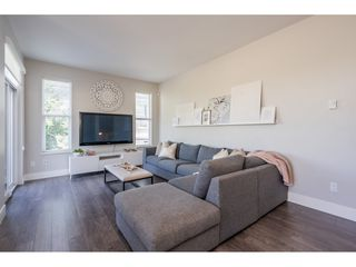 """Photo 8: 23 19433 68 Avenue in Surrey: Cloverdale BC Townhouse for sale in """"THE GROVE"""" (Cloverdale)  : MLS®# R2488742"""