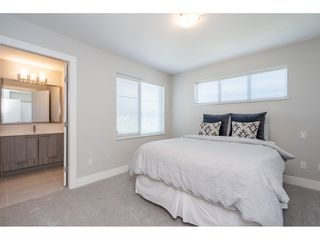 """Photo 22: 23 19433 68 Avenue in Surrey: Cloverdale BC Townhouse for sale in """"THE GROVE"""" (Cloverdale)  : MLS®# R2488742"""