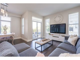 """Photo 9: 23 19433 68 Avenue in Surrey: Cloverdale BC Townhouse for sale in """"THE GROVE"""" (Cloverdale)  : MLS®# R2488742"""