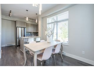 """Photo 12: 23 19433 68 Avenue in Surrey: Cloverdale BC Townhouse for sale in """"THE GROVE"""" (Cloverdale)  : MLS®# R2488742"""