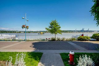 """Photo 24: 404 3 K DE K Court in New Westminster: Quay Condo for sale in """"Quayside Terrace"""" : MLS®# R2495125"""