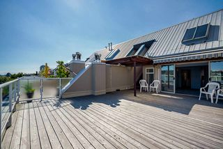 """Photo 2: 404 3 K DE K Court in New Westminster: Quay Condo for sale in """"Quayside Terrace"""" : MLS®# R2495125"""