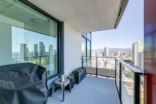 """Photo 20: 2209 6658 DOW Avenue in Burnaby: Metrotown Condo for sale in """"Moda by Polygon"""" (Burnaby South)  : MLS®# R2503244"""