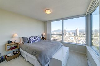 "Photo 12: 2209 6658 DOW Avenue in Burnaby: Metrotown Condo for sale in ""Moda by Polygon"" (Burnaby South)  : MLS®# R2503244"