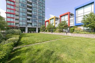 "Photo 30: 2209 6658 DOW Avenue in Burnaby: Metrotown Condo for sale in ""Moda by Polygon"" (Burnaby South)  : MLS®# R2503244"