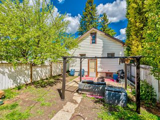 Photo 17: 235 25 Avenue NE in Calgary: Tuxedo Park Detached for sale : MLS®# A1040090