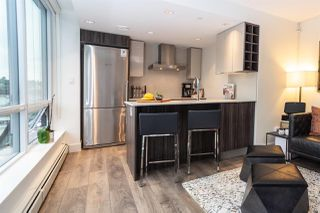 "Photo 8: 906 1788 COLUMBIA Street in Vancouver: False Creek Condo for sale in ""EPIC"" (Vancouver West)  : MLS®# R2509215"