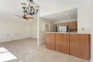 Photo 7: Townhome for sale : 3 bedrooms : 2502 Via Astuto in Carlsbad