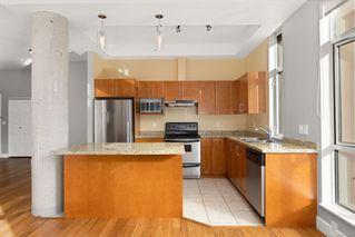 Photo 7: 106 827 Fairfield Rd in : Vi Downtown Condo for sale (Victoria)  : MLS®# 860580