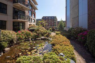 Photo 21: 106 827 Fairfield Rd in : Vi Downtown Condo for sale (Victoria)  : MLS®# 860580