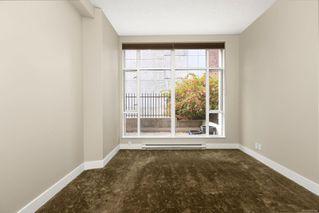 Photo 13: 106 827 Fairfield Rd in : Vi Downtown Condo for sale (Victoria)  : MLS®# 860580