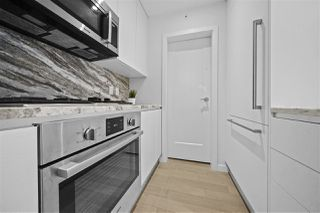Photo 4: 801 2033 W 10TH Avenue in Vancouver: Kitsilano Condo for sale (Vancouver West)  : MLS®# R2518712