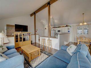 "Photo 12: 1810 OCEAN BEACH Esplanade in Gibsons: Gibsons & Area House for sale in ""Bonniebrook"" (Sunshine Coast)  : MLS®# R2519828"