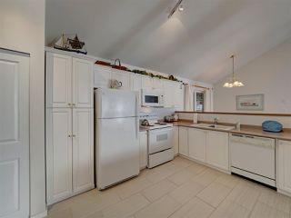 "Photo 9: 1810 OCEAN BEACH Esplanade in Gibsons: Gibsons & Area House for sale in ""Bonniebrook"" (Sunshine Coast)  : MLS®# R2519828"