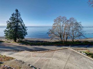"Photo 34: 1810 OCEAN BEACH Esplanade in Gibsons: Gibsons & Area House for sale in ""Bonniebrook"" (Sunshine Coast)  : MLS®# R2519828"