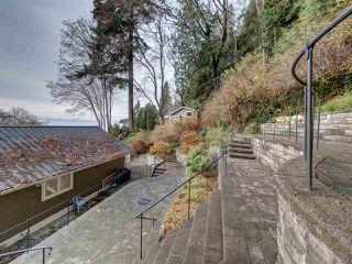 "Photo 33: 1810 OCEAN BEACH Esplanade in Gibsons: Gibsons & Area House for sale in ""Bonniebrook"" (Sunshine Coast)  : MLS®# R2519828"