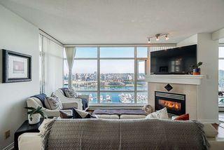 Photo 9: 1902 1199 MARINASIDE CRESCENT in Vancouver: Yaletown Condo for sale (Vancouver West)  : MLS®# R2506862