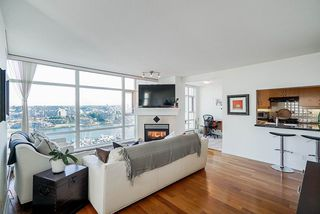 Photo 8: 1902 1199 MARINASIDE CRESCENT in Vancouver: Yaletown Condo for sale (Vancouver West)  : MLS®# R2506862