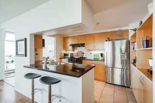 Photo 17: 1902 1199 MARINASIDE CRESCENT in Vancouver: Yaletown Condo for sale (Vancouver West)  : MLS®# R2506862