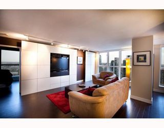 Photo 1: 1808 1238 SEYMOUR Street in Vancouver: Downtown VW Condo for sale (Vancouver West)  : MLS®# V812557