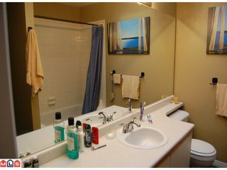 "Photo 6: 406 1750 MCKENZIE Road in Abbotsford: Poplar Townhouse for sale in ""Alderglen"" : MLS®# F1027179"