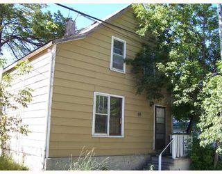 Photo 4: 69 PRINCE EDWARD Street in WINNIPEG: North End Residential for sale (North West Winnipeg)  : MLS®# 2814575