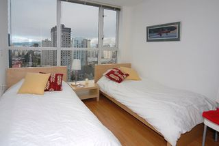 "Photo 8: 2606 1068 HORNBY Street in Vancouver: Downtown VW Condo for sale in ""THE CANADIAN"" (Vancouver West)  : MLS®# V746249"