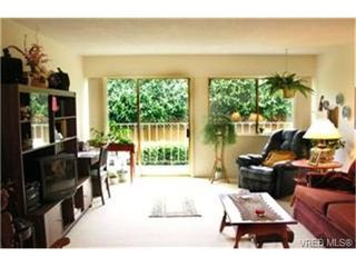 Photo 2:  in VICTORIA: SE Mt Tolmie Condo for sale (Saanich East)  : MLS®# 465988