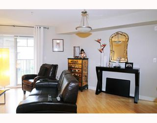 "Photo 3: 226 12238 224TH Street in Maple_Ridge: East Central Condo for sale in ""URBANO"" (Maple Ridge)  : MLS®# V766287"