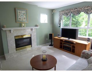 """Photo 5: 203 5577 SMITH Avenue in Burnaby: Central Park BS Condo for sale in """"COTTONWOOD GROVE"""" (Burnaby South)  : MLS®# V766728"""