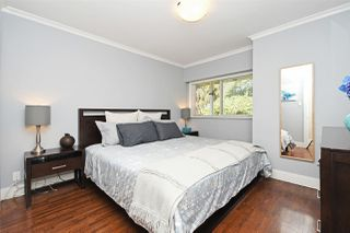 "Photo 8: 82 E 45TH Avenue in Vancouver: Main House for sale in ""MAIN STREET"" (Vancouver East)  : MLS®# R2394942"